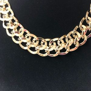 Gold tone linked choker vintage and shiny